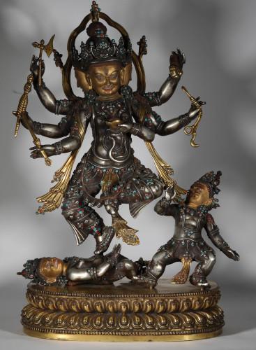 May Sales of Asian Treasure Collections